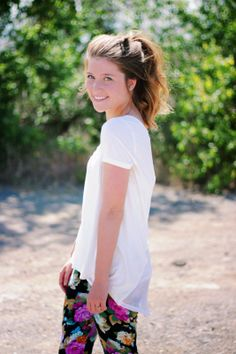Love Lo in the Swell exclusive contrast back tee. http://www.tippeecanoe.com/2014/06/im-that-girl.html