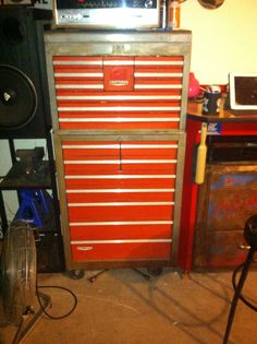 1000+ images about Tool chest vintage on Pinterest ...