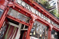 Le pub irlandais Cork Coffee Roasters à Cork ! #pub #ireland #cork #travel #beer #party #irlande #europe #tradition #bar Cork, Big Ben, Travelling, Building, Buildings, Corks, Architectural Engineering