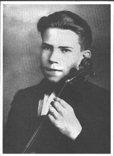 A young Richard Nixon with his violin. Nixon learned to play 5 instruments: violin, clarinet, saxophone, accordion and piano.