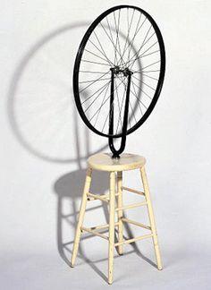 マルセル・デュシャン / 自転車の車輪 / 1913 / レディメイド /