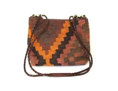 vintage 1980s purse // woven tapestry // carpet // southwestern // leather // kilim
