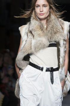 240 details photos of Isabel Marant at Paris Fashion Week Fall 2014.