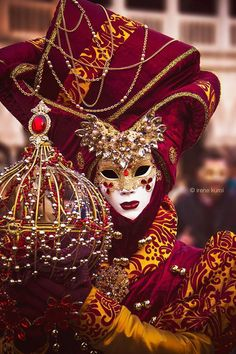 "Find out where in Venice you can get the best Carnival mask. Not the typical fake ""made in China"" masks but the real-deal Italian Carnival Mask! Venetian Carnival Masks, Carnival Of Venice, Venetian Masquerade, Masquerade Ball, Venetian Costumes, Venice Carnival Costumes, Masquerade Costumes, Venice Carnivale, Venice Mask"