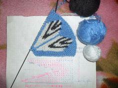 Crochet Slippers, Knitting Socks, Crochet Necklace, Christmas Ornaments, Holiday Decor, Projects, Pattern, Design, Yarns