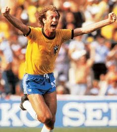 Falcão, Central midfielder. He played at Internacional, Roma and São Paulo. Career: 1972-1986. Skills: domination, speed, stamina