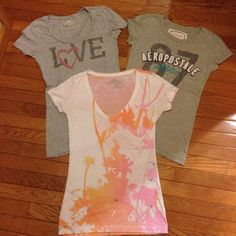#AMERICANEAGLE #AERO neck #Women's T-Shirt Small MEDIUM #TRENDY #fashion EUC #AmericanEagleOutfitters #GraphicTee