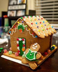 Call us the festive Bob the builders @awhelan_1 #gingerbreadhouse #christmas