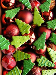 christmas cookies and ornaments #SweetHolidays