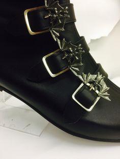 Men Dress, Dress Shoes, Goth Boots, Gothic Shoes, Oxford Shoes, God, Fashion, Goth Shoes, Dios