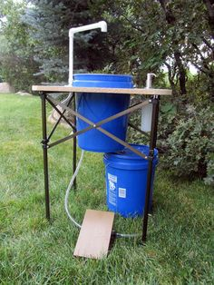 Camp Sink with running water can be used at any location - Deluxe Camp Sink – Make your outdoor experience more clean and comfortable with this exciting si -