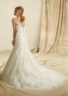 Weddingwhoo.com Offers Fashion Trumpet / Mermaid V-Neck Appliques Wedding Dress Priced At Only US$278.99 (Free Shipping)