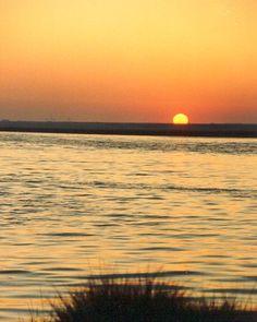 Un atardecer de lujo en Huelva - Uno de mis momentos preferidos es al final del día, cuando el sol se va escondiendo y nos regala puestas de sol como esta...