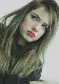 Long Hair Styles, Beauty, Tik Tok, Idol, Wallpaper, Cute Couples, Ex Friends, Beleza, Wallpaper Desktop