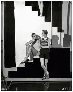 Bathing suits in Vogue – 1928-07-01 – Photo George Hoyningen-Huene |