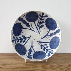 Makoto Kagoshima Ceramic Clay, Ceramic Pottery, Kagoshima, Vintage Dinnerware, Ceramic Design, Kawaii, Handmade Pottery, Clay Art, Flower Patterns