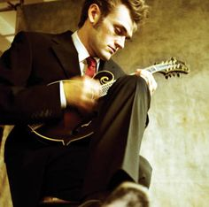Chris Thile♥♥ addicted to this man and his mandolin!