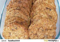 Vločkové zdravé sušenky recept - TopRecepty.cz Low Carb Recipes, Healthy Recipes, Oat Cookies, Crinkles, Banana Bread, Food And Drink, Sweet, Desserts, Fitness