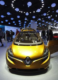 Car of the day on our page is: The Renault R-Space concept car, if you support this car hit like. #bestcars #cars #bmw #volkswagan #Bugatti #audi #pagani #Chrysler #Lamborghini #ford #ferrari #chevrolet #mercedes #peugeot #pinkpanther #citroën #nissan #porsche #mazda #jaguar #Cadillac