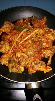Ayam Rica Rica by Amelia Soebiyanto Food N, Good Food, Food And Drink, Yummy Food, Yummy Yummy, Cooking Time, Cooking Recipes, Healthy Recipes, Snap Food