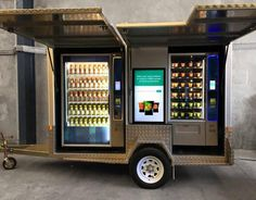 The best mobile vending machines for hire in Australia. Pizza Vending Machine, Vending Machines In Japan, Vending Machine Business, Starting A Coffee Shop, Container Restaurant, Best Food Trucks, Pop Design, Cafe Food, Dream Home Design