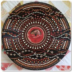 Dot Art Painting, Mandala Painting, Stone Painting, Mandela Stones, Aboriginal Dot Art, Vinyl Record Art, Dot Dot, Mandala Dots, Pointillism