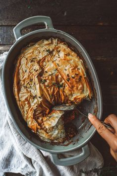 This plant based lentil casserole is a great option to bring to any Christmas dinner. With all the gatherings this vegan dish will definitely stand out. Vegetarian Recipes, Cooking Recipes, Healthy Recipes, Vegan Meals, Lentil Casserole, Phyllo Dough Recipes, Vegan Dishes, Lentils, Food Inspiration