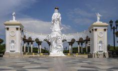 Monumento a la Virgen de la Chiquinquirá, Maracaibo-Venezuela