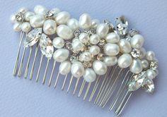 Pearl hair comb