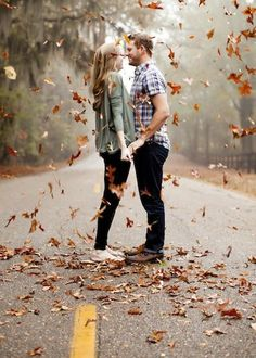 Southern Weddings Weekly Round-Up - Southern Weddings Fall Engagement, Engagement Couple, Engagement Pictures, Engagement Shoots, Engagement Photo Inspiration, Photoshoot Inspiration, Couple Photography, Photography Poses, Southern Weddings
