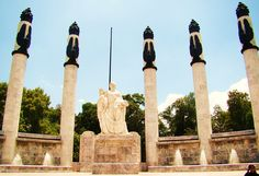 Castillo de Chapultepec - Monument to the Boy Heroes
