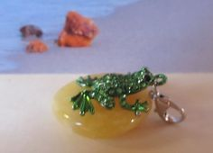 100% Natural Baltic #Amber Good #Luck #Frog #Toad #amulet #talisman #Pendant #souvenir figure bead #gift #present opaque yellow egg yolk