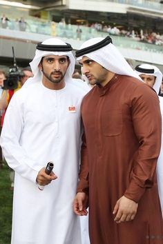 Sheikh Hamdan bin Mohammed, Crown Prince of Dubai, said on Saturday that he lost 'a best friend and a childhood companion'. Prince Crown, Royal Prince, Most Beautiful Words, Beautiful Men, Arab Men Fashion, Princess Haya, Dubai, Prince Wedding, Royal Family Pictures