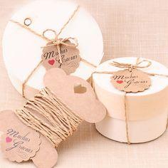 Cajitas redondas de bambú para detalles de boda con etiquetas #bodas #wedding #favors #DIY shop.beautifulbluebrides.com