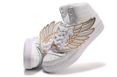 Gold and white wing-sneakers!
