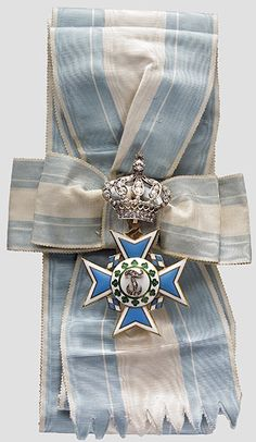 "Order of Theresa (Bavaria) — Badge enriched with diamonds (version for members of reigning houses) belonged to Archduchess Maria Annunziata of Austria (1876-1961) (made by ""Hemmerle"")"