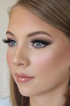 Magnificent Wedding Makeup Looks for Your Big Day ★ See more: http://glaminati.com/wedding-makeup-looks/ #weddingdaymakeup