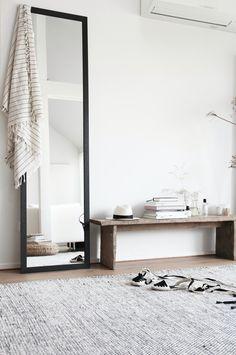un espejo siempre viene bien dormitorios pinterest casa minimalista