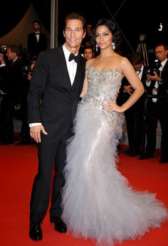 Cannes 2012 - Camilla Alves e Matthew McConaughey - Day 11 (montée des marches Mud)