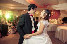Fotografo de bodas en Mendoza Boda de Emilse y Martin 28 Boda de Emilse y Martin Lace Wedding, Wedding Dresses, Mendoza, Fashion, Bodas, Bride Dresses, Moda, Wedding Gowns, Wedding Dress