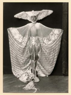 1920's Ziegfeld Girl--decaying hollywood mansion's