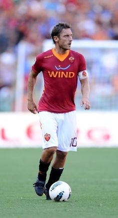 10 Francesco Totti