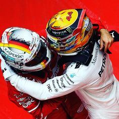 "China 17 - FORMULA 1® (@f1) su Instagram: """"This could be the most exciting season in my career"" - @lewishamilton . #LewisHamilton #Vettel #F1…"""
