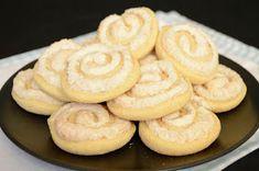 Citromhab: Kókuszos csiga Cake Recipes, Dessert Recipes, Desserts, Bread Dough Recipe, Onion Rings, Food And Drink, Coconut, Cookies, Baking