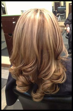 Are you looking for layered hairstyles popular haircuts for summer 2018? See our collection full of layered hairstyles popular haircuts and get inspired!
