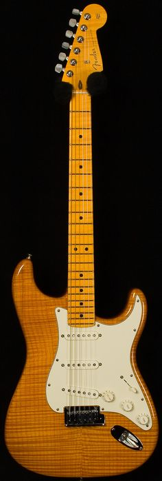 fender custom shop - deluxe stratocaster. candy yellow.