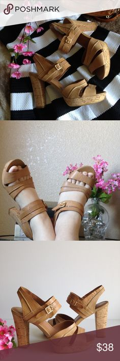 MRKT Polly Platform Sandals Super cute MRKT Polly leather sandals, features cork heels and platform, natural tan leather and goldtone hardware. In good used condition, only flaws are the ones shown in the last two pictures. Size 7.5. I accept reasonable offers ☺️ MRKT. Shoes Sandals