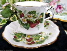 HAMMERSLEY TEA CUP AND SAUCER STRAWBERRY PATTERN TEACUP