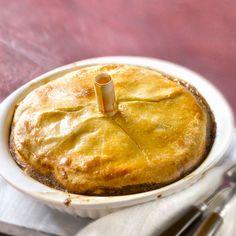 Découvrez la recette Tourte poulet-poireau sur cuisineactuelle.fr.