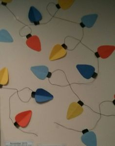 Construction paper, Christmas wreaths and Construction on Pinterest